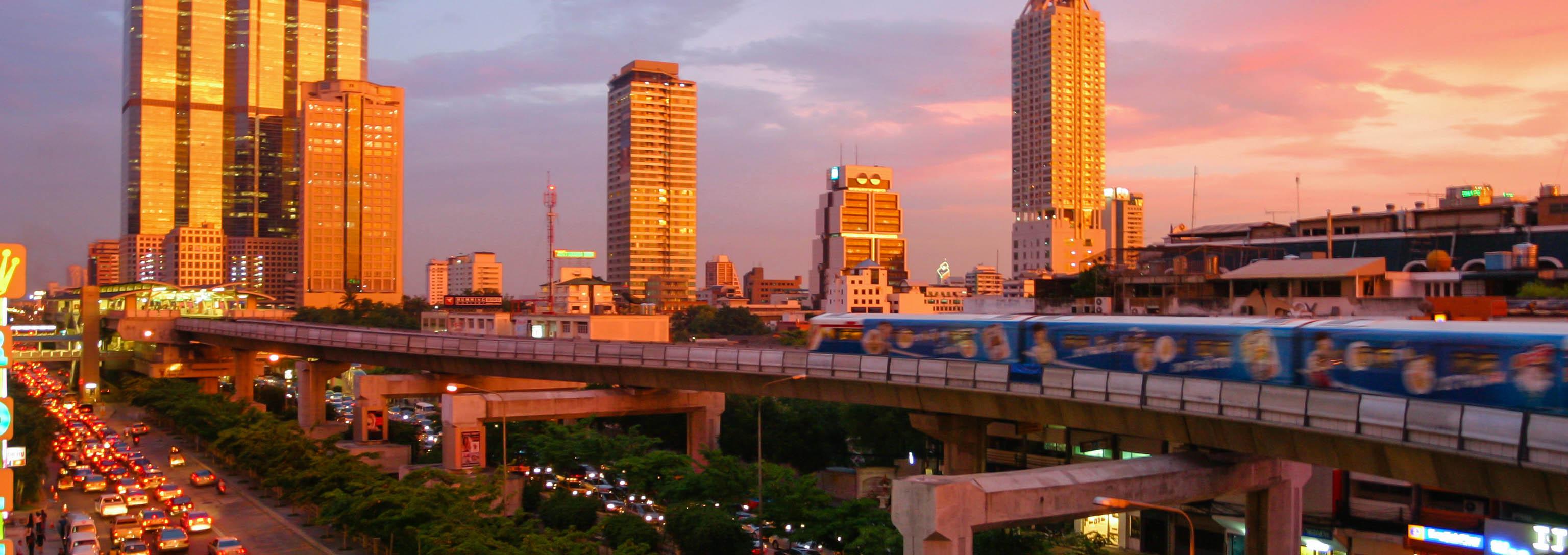 Bangkok_skytrain_sunset3